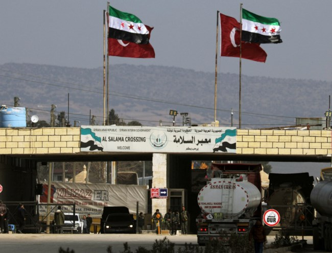 Ο Ερντογάν ανοίγει τα σύνορα για τους μετανάστες