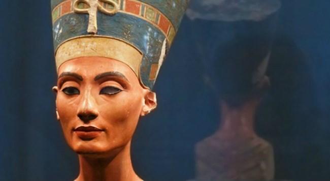 Αίγυπτος: Βρέθηκε ο μυστικός τάφος της βασίλισσας Νεφερτίτη;