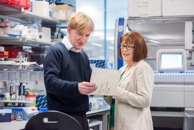 Κορονοϊός: Το εμβόλιο θα είναι έτοιμο το φθινόπωρο, λένε επιστήμονες της Οξφόρδης