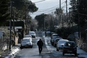 Πάει περίπατο η καραντίνα - Όλοι έξω: Χαμός σε Γλυφάδα, Φλοίσβο, Καβούρι - Βόλτες και σε Ακρόπολη, Φιλοπάππου [εικόνες] - εικόνα 14