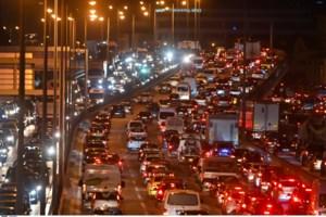 Ποιο lockdown; 37,5% πάνω η κυκλοφορία στους δρόμους - Σύψας: Η Αθήνα θυμίζει Λονδίνο, θα έχουμε πρόβλημα
