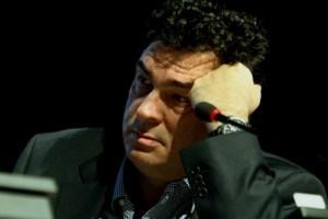 """""""Αλέξη Παπαχελά σε περιμένουμε""""- Το συγκινητικό μήνυμα των συναδέλφων του στην Καθημερινή"""