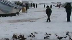 Χιονοθύελλα χτυπά καταυλισμούς Σύρων στον Λίβανο