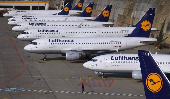 Απεργία πιλότων καθηλώνει τη Λουφτχάνσα