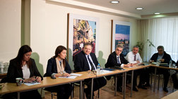 Ανακωχή στο ΠΑΣΟΚ λόγω ευρωεκλογών
