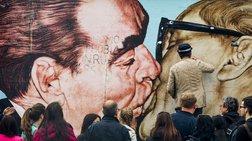 Λίφτινγκ με ρεφενέ στο τείχος του Βερολίνου