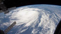Κυκλώνας απειλεί μεγάλο διυλιστήριο στο Μεξικό