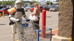 Οι πιο εκκεντρικοί ψωνίζουν στη Wallmart!