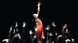 Χορός πάθους από την ιέρεια του φλαμένκο S. Baras