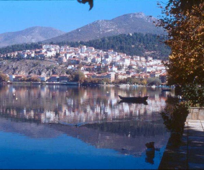 Περιήγηση στη λίμνη της Καστοριάς - εικόνα 2