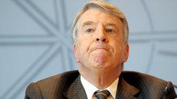 Παραιτήθηκε ο ταμίας του κόμματος της Μέρκελ