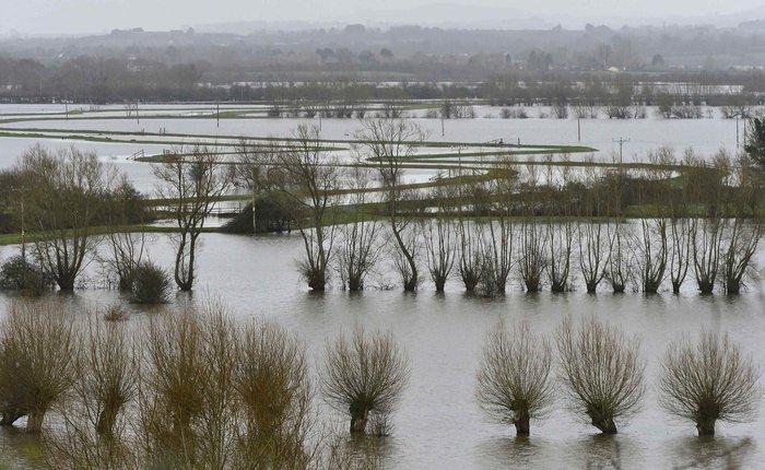 Οι πλημμύρες απειλούν το Λονδίνο
