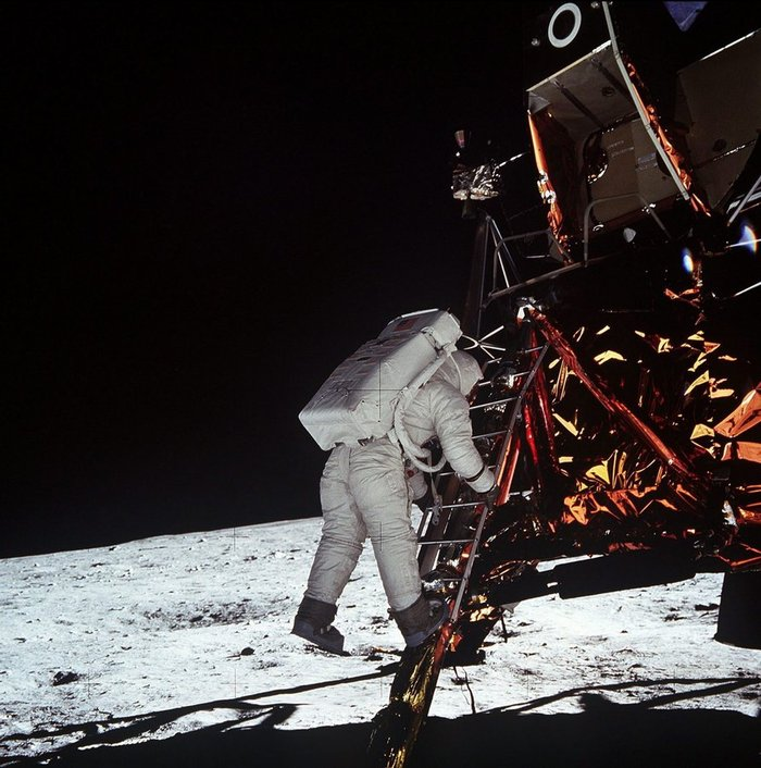 Κατάκτηση της Σελήνης : Θεωρίες και συνωμοσίες - εικόνα 2