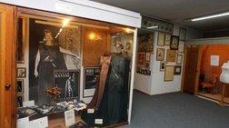Τρωκτικά και... αδιαφορία απειλούν το Θεατρικό Μουσείο
