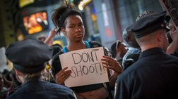 Διαδηλώσεις στη Ν. Υόρκη για το φόνο 18χρονου από αστυνομικά πυρά