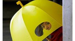 19 πανέξυπνες ομπρέλες που θα σας κάνουν να εύχεστε να βρέχει κάθε μέρα!