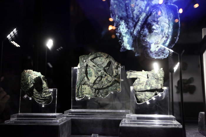 Ναυάγιο Αντικυθήρων: Μεταλλικά αντικείμενα «χτύπησαν» οι δύτες - εικόνα 3