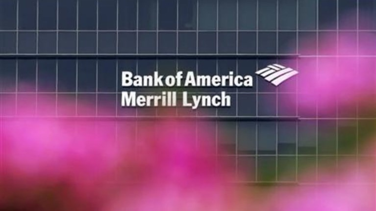 bank-of-americamerrill-lynch-ti-mas-eipe-o-stathakis-sto-londino