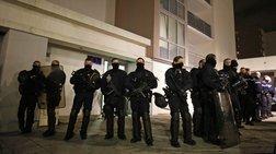 Παραδόθηκε στην αστυνομία ο νεότερος των δραστών