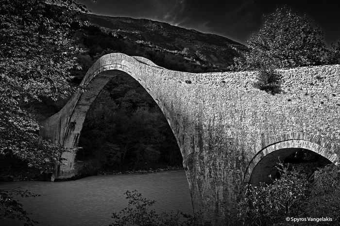 Το γεφύρι της Πλάκας