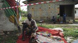 Έμπολα: Ξεπέρασαν τις 9.000 οι νεκροί