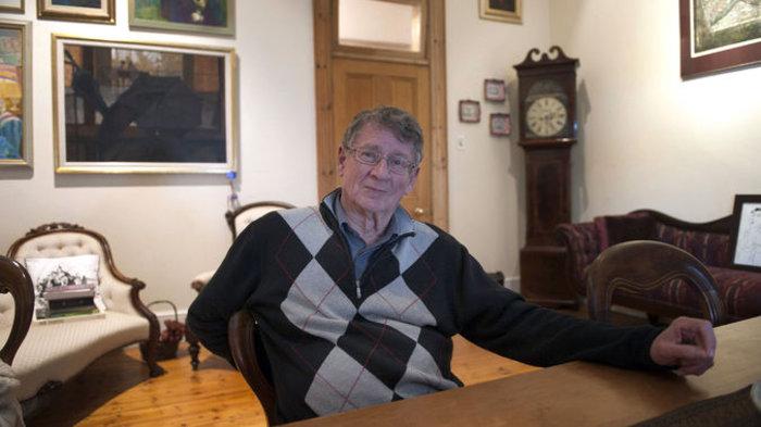 «Έφυγε» ο νοτιοαφρικανός συγγραφέας Αντρέ Μπρινκ