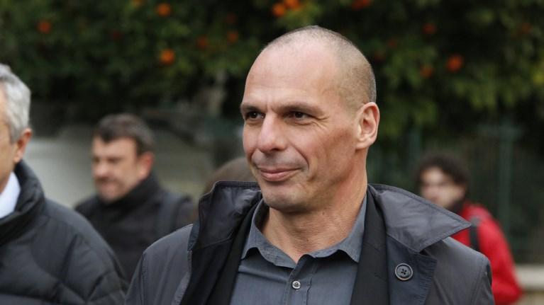 baroufakis-sti-raii-ee-kinduneuei-na-ginei-xeiroteri-apo-tin-essd