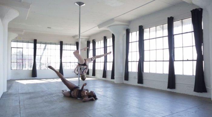 Το pole dancing όπως δεν το έχετε ξαναδεί