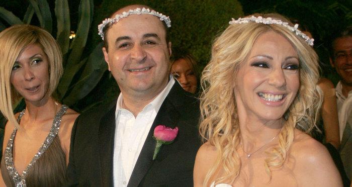 Ο γάμος ΔΕΝ σκοτώνει τον έρωτα Σεφερλή-Τσαβαλιά - εικόνα 2