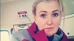 rwsia-ebgaze-selfies-me-anthrwpous-pou-pethainan