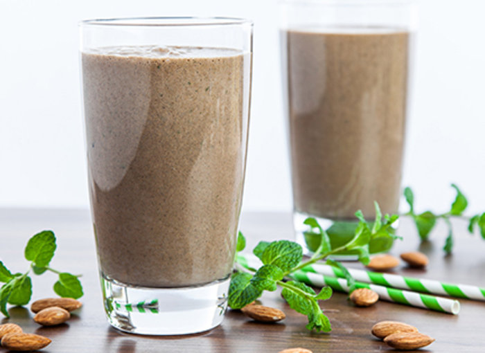 DIY υγιεινά smoothies – 4 εύκολες και λαχταριστές συνταγές - εικόνα 4