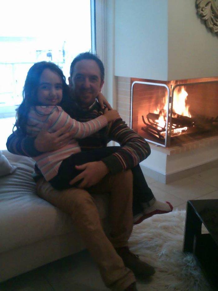 O Παναγιώτης Δημητρόπουλος μαζί με την κόρη του Καλλιόπη