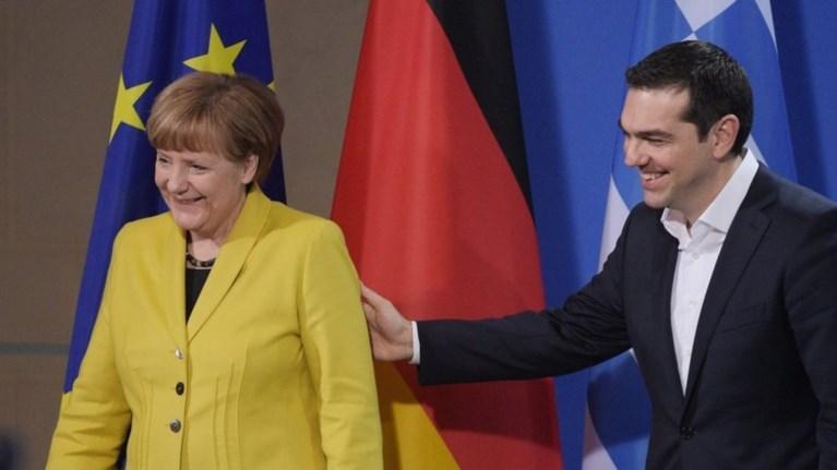 ti-suzitisan-merkel-tsipras-sto-pentawro-deipno