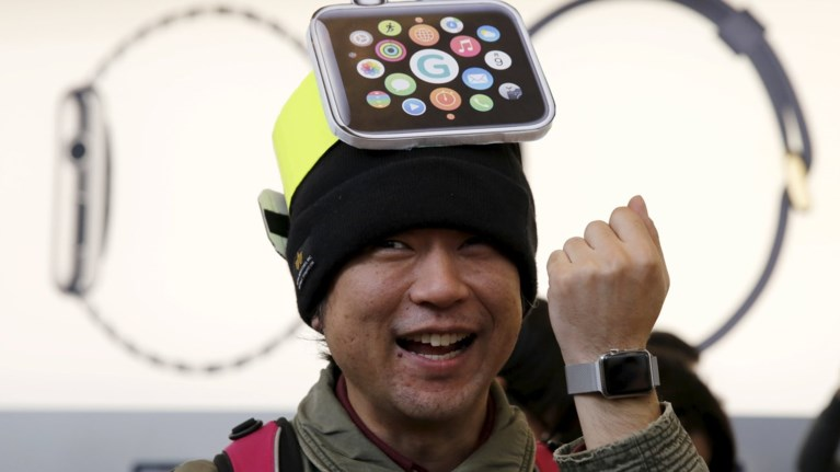 apple-watch-anamenetai-rekor-zitisis