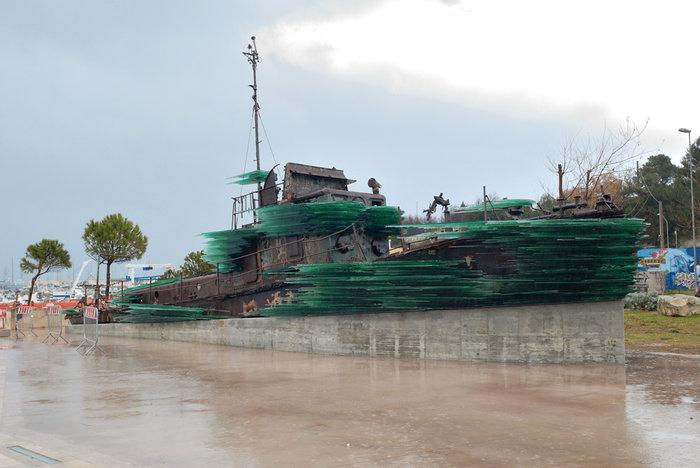 Βαρώτσος: Πώς άντεξα να επέμβω στο κουφάρι πλοίου που έπνιξε 81 πρόσφυγες - εικόνα 3