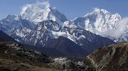 basilis-papazaxos-psilwsan-ta-imalaia-apo-to-seismo-sto-nepal