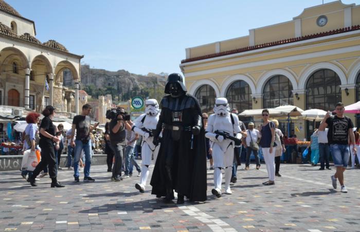 Απόβαση Star Wars μπροστά στη Βουλή - εικόνα 3