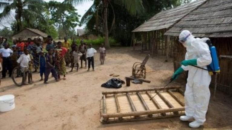 liberia-kathari-apo-ton-empola