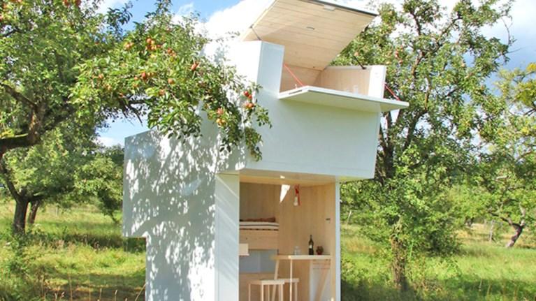 9287d64c4156 Το ξύλινο σπίτι που συναρμολογείται και μπορείτε να το πάρετε μαζί ...
