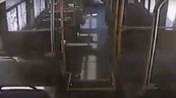 tromaktikes-stigmes-prin-treno-pesei-panw-se-lewoforeio-video