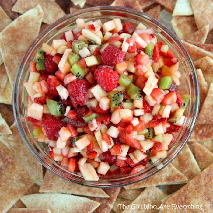 Τσιπς κανέλας & φρουτοσαλάτα - Ο απόλυτος γευστικός συνδυασμός