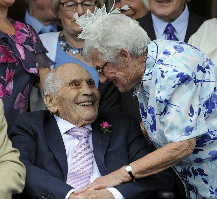 Εκείνος 103, εκείνη 91, μόλις παντρεύτηκαν και μπήκαν στο βιβλίο Γκίνες! - εικόνα 2