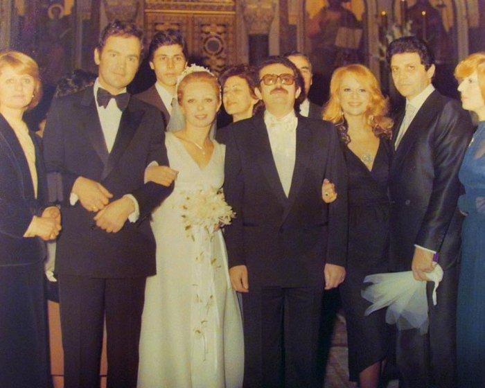 Φωτογραφία από τον γάμο του αδερφού της, όπου η Αλίκη είχε παραβρεθεί με τον επιχειρηματία Γιώργο Ηλιάδη