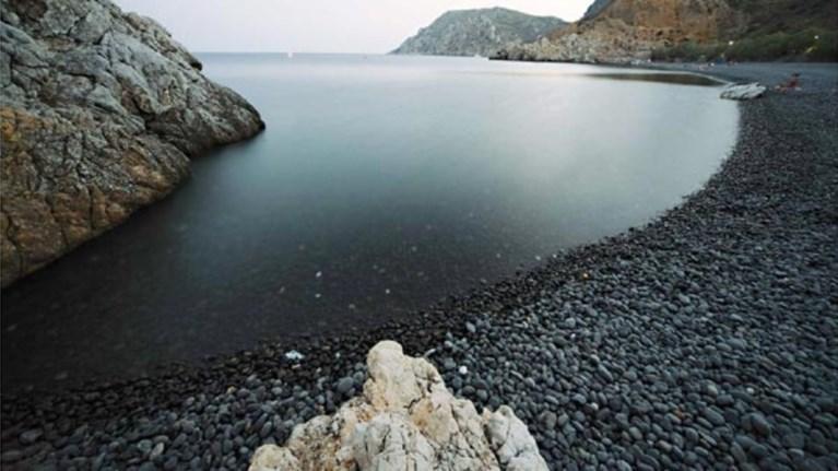 Αποτέλεσμα εικόνας για Μαύρα Βόλια στη Χίο