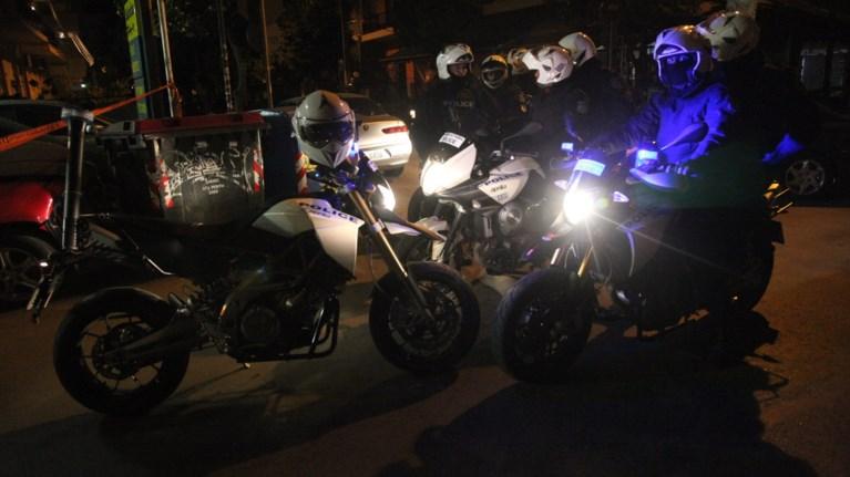 agria-katadiwksi-motosikletisti-stin-kallithea