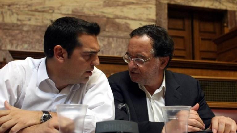 o-tsipras-epilegei-ti-riksi-me-tin-aristeri-platforma