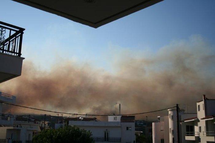 Νεάπολη-Λακωνία: Καίγονται σπίτια, καταστήματα και το Κέντρο Υγείας - εικόνα 18