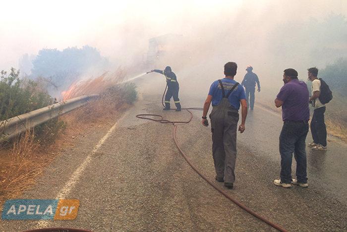 Νεάπολη-Λακωνία: Καίγονται σπίτια, καταστήματα και το Κέντρο Υγείας - εικόνα 3