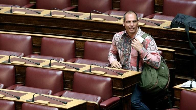deite-pou-brike-auto-to-poukamiso-o-baroufakis