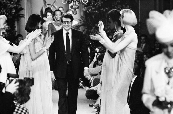 """Υβ Σεν Λοράν: Ο αυτοκαταστροφικός """"άγιος"""" της μόδας - Η υψηλή ραπτική, τα ναρκωτικά και τα όργια - εικόνα 5"""